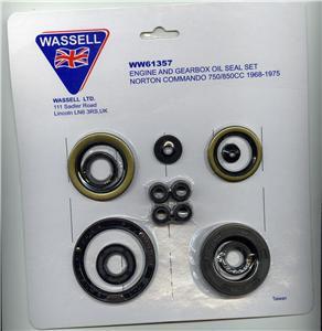Engine and gearbox oil seal kit, Norton Commando